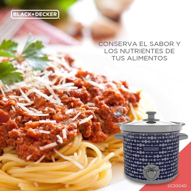 """¿Cena en familia? Un riquísimo """"Spaghetti alla Bolognese"""" será la mejor opción. La Olla de Cocción Lento gracias a sus 3 ajustes de calor lo mantendrá en la temperatura ideal, manteniendo su sabor.  #RutaDelSaborBD #EverydayLiving"""