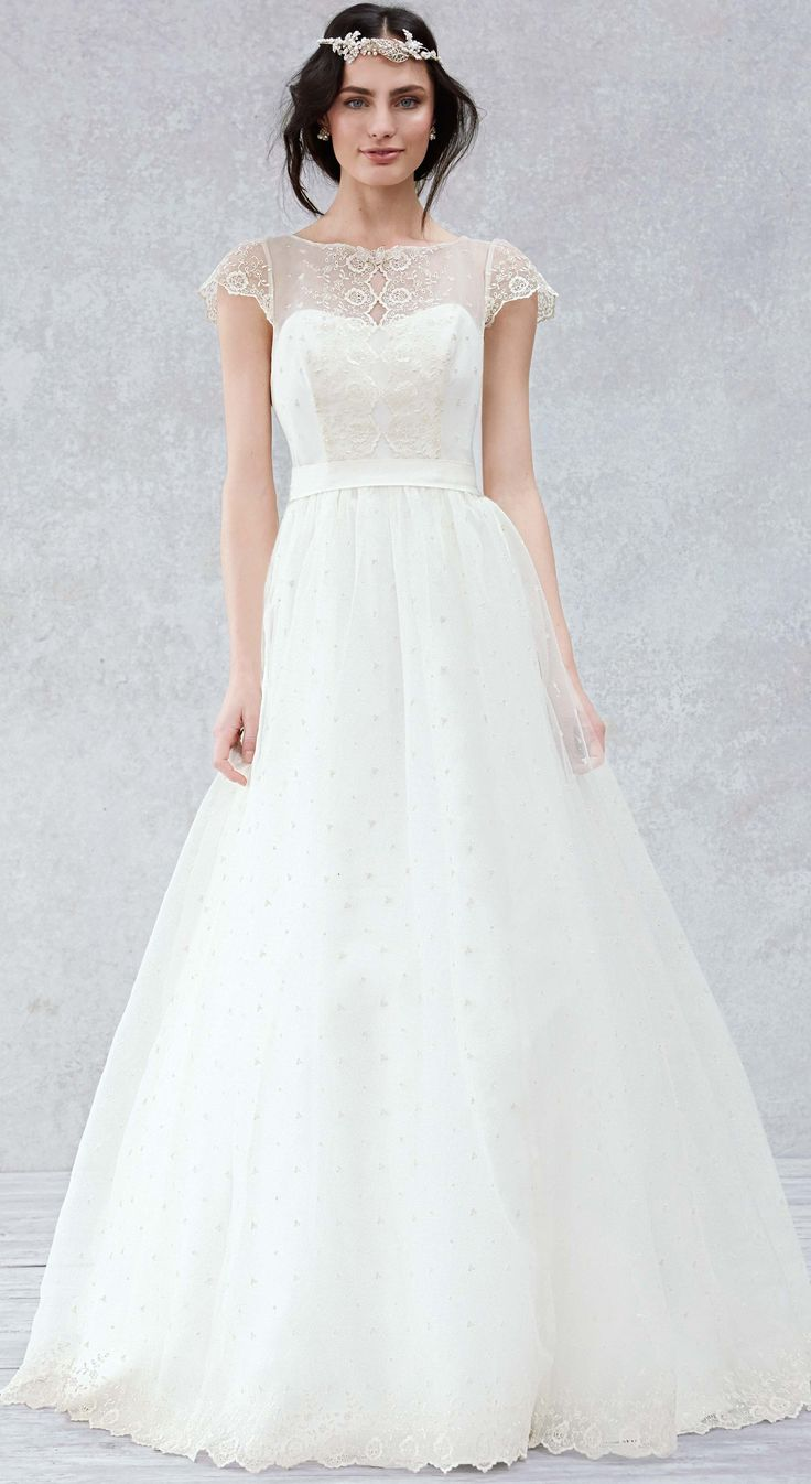 Fancy Gorgeous ball gown for your second or third or whatever wedding read about woodland weddings