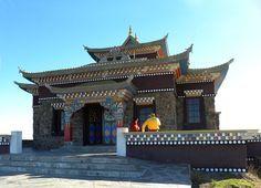 Descubriendo Uruguay - Montevideo Portal-en lo mas alto de las sierras de minas- el templo budista