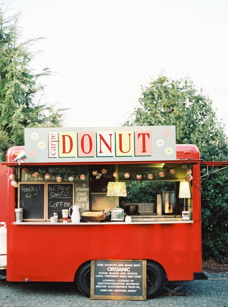 bring on the donut truck! | via: style me pretty. Donuts  Coffee served outside for a midnight snack as the guests leave.