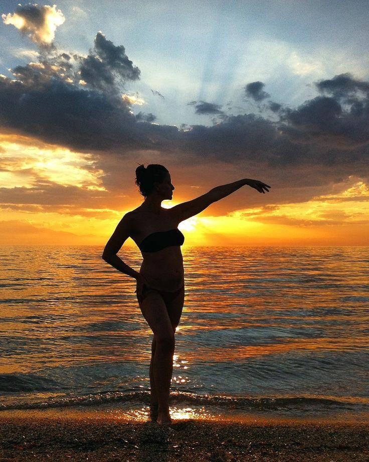 Irakleia Silhouette I  #silhouette #silhouette_solo #silhoutte_creative #model #modelos #woman #mujeres #halkidiki #chalkidiki #calcidica #sun #sol #sunset #puestadesol #beach #see #mar #olimpo #olimpos #instagood #instadaily #instamood #instalike #like4like #Tesalónica #Thessaloniki #θεσσαλονίκη #Greece #Grecia #Ελλάδα