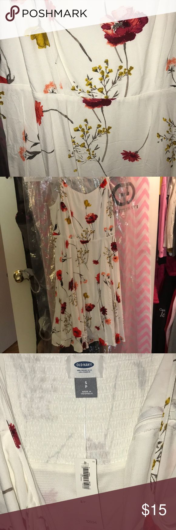 Sundress from Old Navy! Super cute for summer never been worn! Willing to negotiate on price! Old Navy Dresses Midi