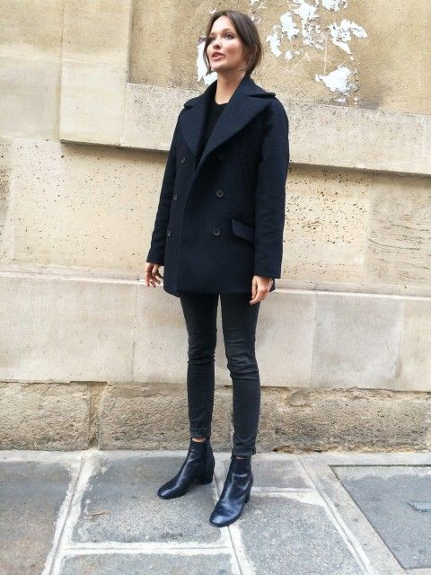 A navy blue pea coat and black skinny jeans feel perfectly suited for weekend activities of all kinds. Add black leather booties to your look for an instant style upgrade.   Shop this look on Lookastic: https://lookastic.com/women/looks/navy-pea-coat-black-crew-neck-sweater-black-skinny-jeans/16221   — Black Crew-neck Sweater  — Navy Pea Coat  — Black Skinny Jeans  — Black Leather Ankle Boots