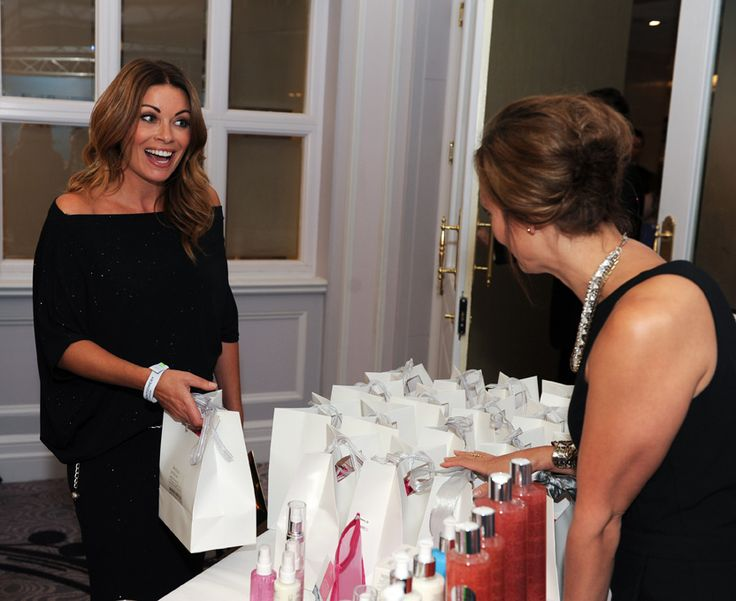 Alison King from Corrie gets her goody bag and looks stunning in black in the gifting lounge