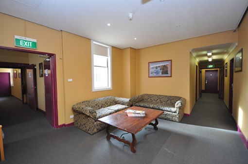 Family Accommodation Blue Mountains to Get Very Special Discount and Offer. We are Provides All #Accommodation Facility