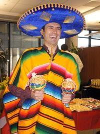 Мексиканский костюм с сомбреро