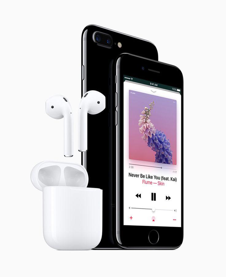 Depois de 2 meses, iPhone 7 e 7 Plus chegam ao Brasil. Preços partem dos R$3499,00. É a primeira vez em que o iPhone chega ao Brasil por um preço menos que seu antecessor. #iPhone7 #iPhone7Plus #Apple #timBETA