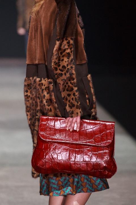 #show, #fall, #2013, #fashion, #clutch, #print, #fur