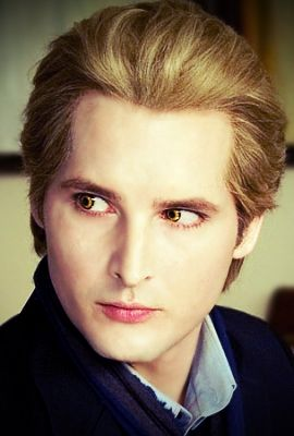Dr Cullen.....never have I ever wanted to be a vampire more!