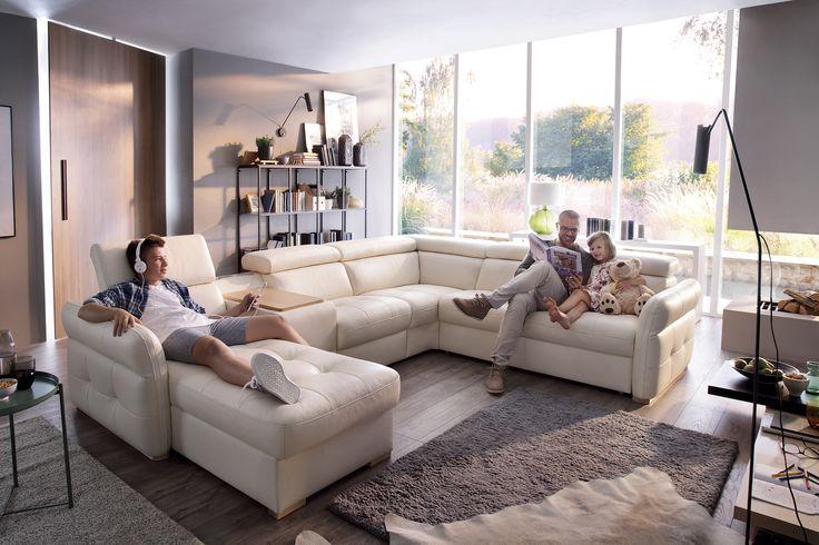 Massimo łączy w sobie piękny, modny design z funkcjonalnością. Na sofie w kształcie litery U możesz odpoczywać razem ze swoją rodziną, wzajemnie sobie nie przeszkadzając. #meble #GalaCollezione #sofa #sofy #inspiracje #inspiration #interiordesign #design