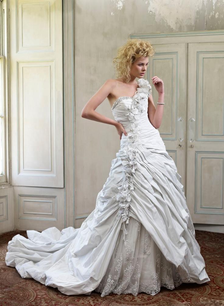 Soufriere wedding dress: Bridal Shops, Wedding Dressses, Bridal Collection, Wedding Dresses, Ian Stuart, Swarovski Crystals, Dreams Dresses, Bride, The Dresses