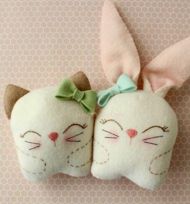 Snuggle bunny and  kitty plushie / soft toy ( with pattern ) // Aranyos plüss cica és nyuszi ( szabásmintával ) //  Mindy -  creative craft ideas // #eastercraft #sewingpattern #bunny #softtoy #plushie #tavaszikreatív #húsvét #nyuszi #szabásminta #plüss