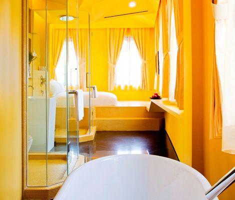 yellow bathroom - EcoSalon
