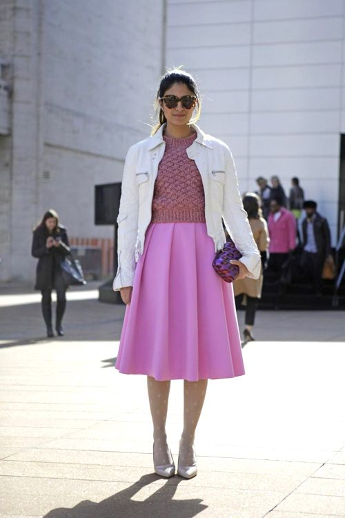 how to wear the color of the year {love this skirt}