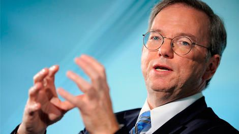 Google's Eric Schmidt kindly writes essay on switching to Android from iPhone - http://mobilephoneadvise.com/googles-eric-schmidt-kindly-writes-essay-on-switching-to-android-from-iphone