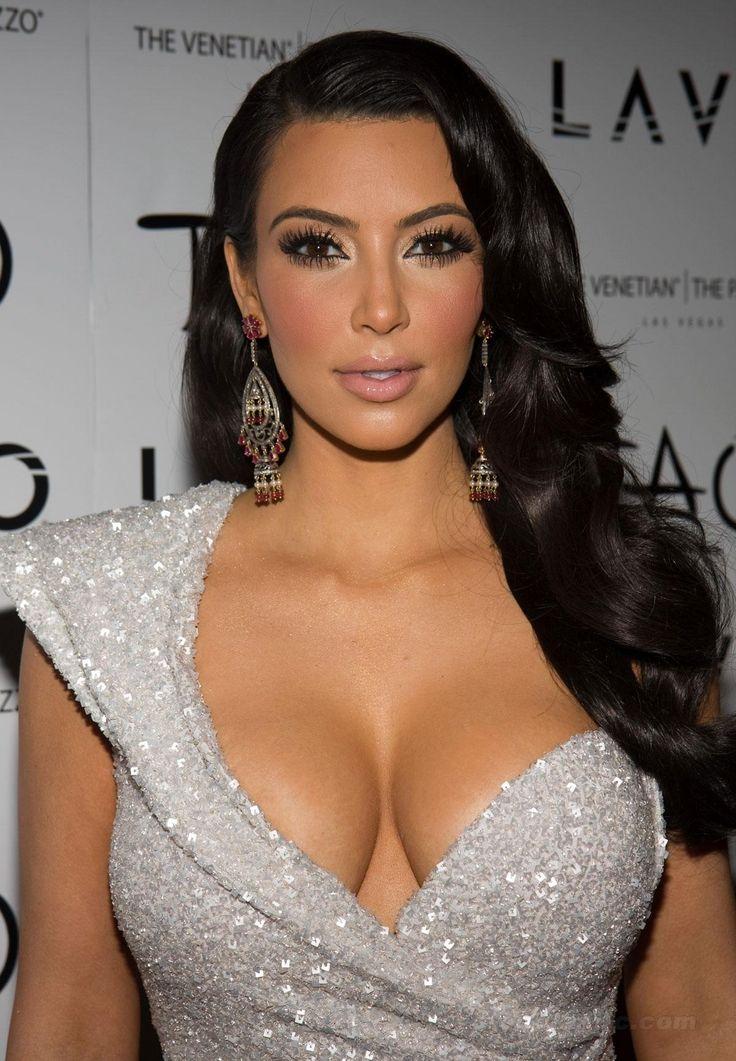 <b>Kim</b>-<b>Kardashian</b>-Height-Weight-Age-<b>Bra</b>-<b>Size</b>-Affairs-Body-Stats ...
