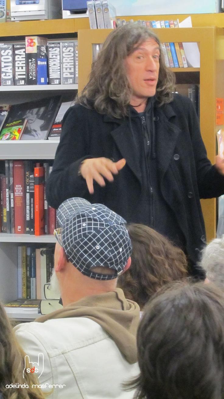 Gerard Quintana en un moment de la presentació.