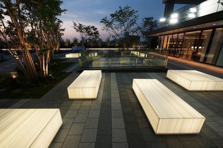 実績写真:東京ソラマチ 屋外ベンチ(屋外ベンチ) 香取建築デザイン事務所