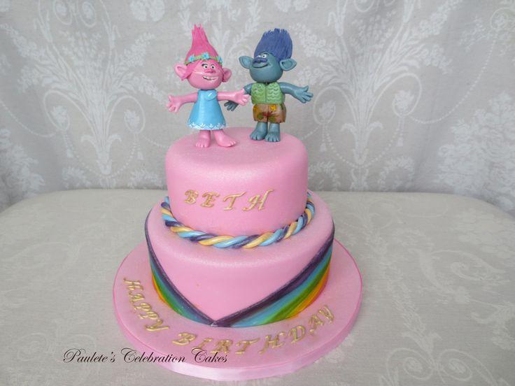 Cake Makers, Celebration Cakes - Paulette's Celebration Cakes - Rochester Me1, Uk
