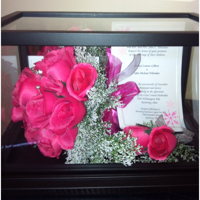 wedding bouquet display case 48 best images about wedding displays dress bouquets veil 8451