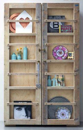 #DIY #strut #show #cabinet #closet #closetdoor #accessories #wood #vases