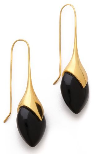 Beautiful Water Drop Earrings http://rstyle.me/n/fgvpnr9te