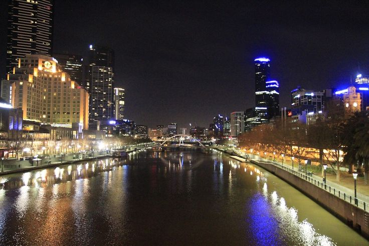 Melbourne by night-4. by Awes Amin