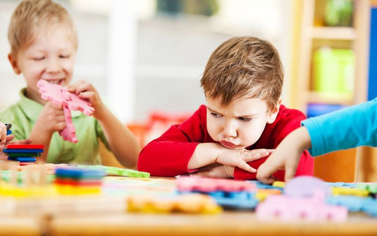 Μαμά, γιατί δεν με ακούς; Δε θέλω να ξαναπάω σχολείο!