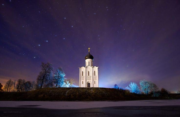 vladislav33_Ночное сияние храма Покрова на Нерли