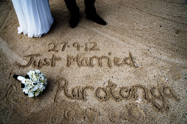 Just Married!!  #rarotonga #wedding. Cool photo idea xx