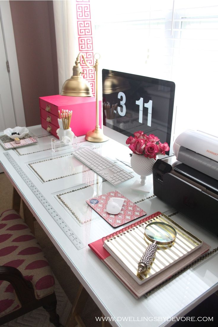Desk - omg. super girly and minimal.. just how i want it!: