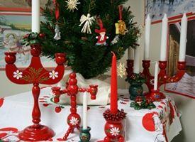 scandinavian decorations   Jul & Christmas Scandinavian gifts....A Scandinavian Christmas is ...
