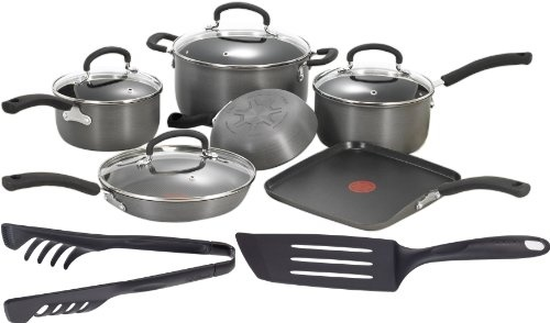 http://yummycakedecorating.com/t-fal-d913sc64-signature-hard-anodized-oven-safe-nonstick-thermo-spot-heat-indicator-12-piece-cookware-set-grayblack/ The unique Thermo-Spot heat indicator shows when your pan is perfectly preheated to seal in the flavor of your food.  Expert nonstick interior patterned with a difference you can see.  Hard anodized exterior.  Even heat base.  Venting tempered glass lids.  Riveted soft-touch handles.  Oven safe to 35...