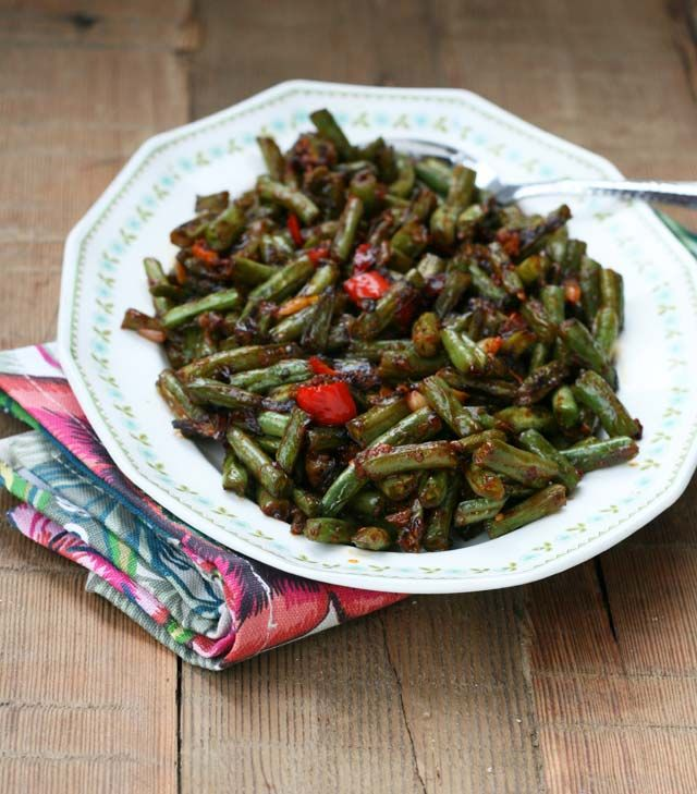 Spicy greenbean appetizer recipe.  Tastes like the kind you get at P.F. Chang's.  Click for recipe.