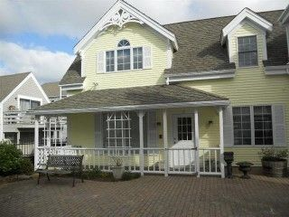 Location condo Provincetown Cape Cod pour 4 personnes Location de vacances à partir de Provincetown @HomeAway! #vacation #rental #travel #homeaway