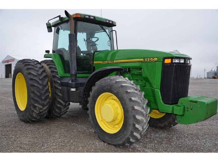 1999 JOHN DEERE 8400.225 hp from new turbo 496 cid engine.Saw a  1997 or later  8400 in Frankfort and it was running.Saw this in May