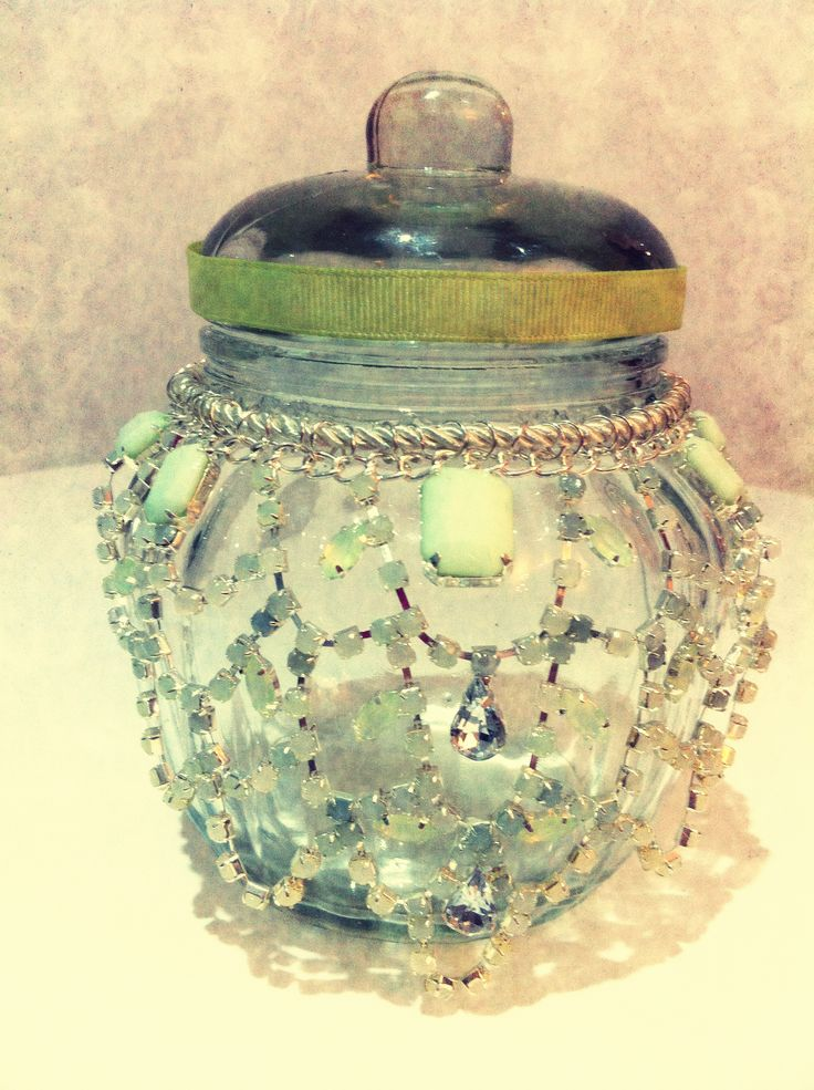 found this necklace from Equip for $4 glued it onto a $2 jar added a little ribbon all it needs now is the candle :)