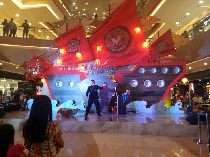 Mister Gandhi Magic Show at Grand Metropolitan Mall Bekasi Next on Slipi Jaya Mall and Pluit Village Mall...  Pastikan Acara Anda Dihibur Dengan Sulap...  Lebih Meriah dan Berkesan...   Thanks by,  Mister Gandhi www.gandhimagician.com mistergandhi.blogspot.com