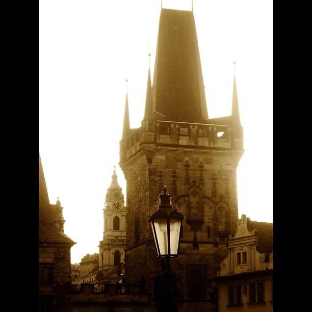 "Karluv Most, #Prague (Czech Republic) | #karluvmost #cobweb #streetlamp #bridge #architecture #urban #geometric"""
