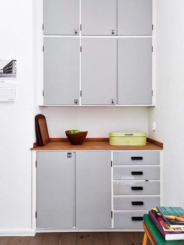 Vintage kitchen cabinets, grey cabinet doors | #kitchen @Stadshem
