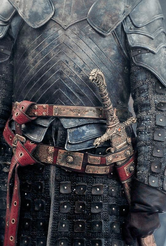 Brienne of Tarth costume detail [credit stormbornvalkyrie tumblr]