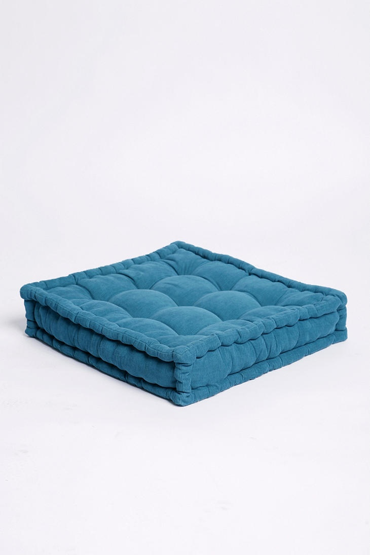 floor pillows: Dogs Beds, Urbanoutfitters, Urban Outfitters, Floor Pillows, Living Room, Corduroy Floors, Floors Cushions, Tufted Corduroy, Floors Pillows