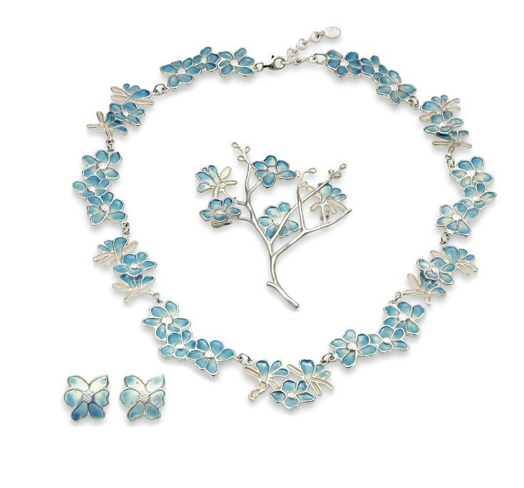 Tiffany Magnolia Jewellery, The MET Store  Shop 8, Level 2, QVB