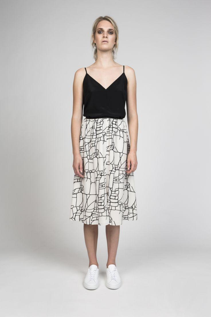 split skirt in rock lines silk | desert storm s/s16