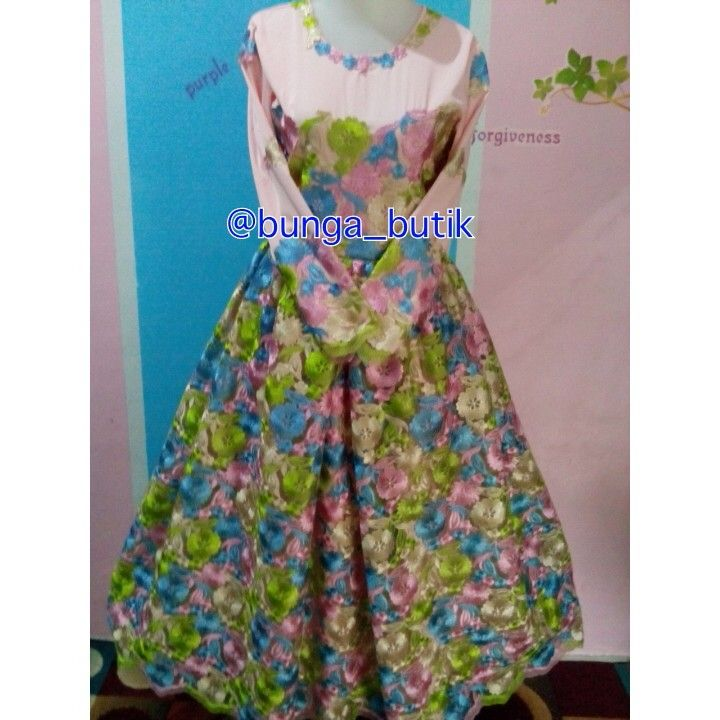 Gamis pesta prada rainbow (PO) idr 800.000 warna by request motif dan warna prada limited edition dp 50%