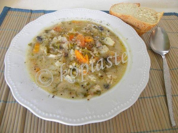 Kotopoulo Soupa Trahanas (Chicken Soup)
