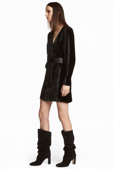 Crushed velvet dress - Black - Ladies | H&M GB 1