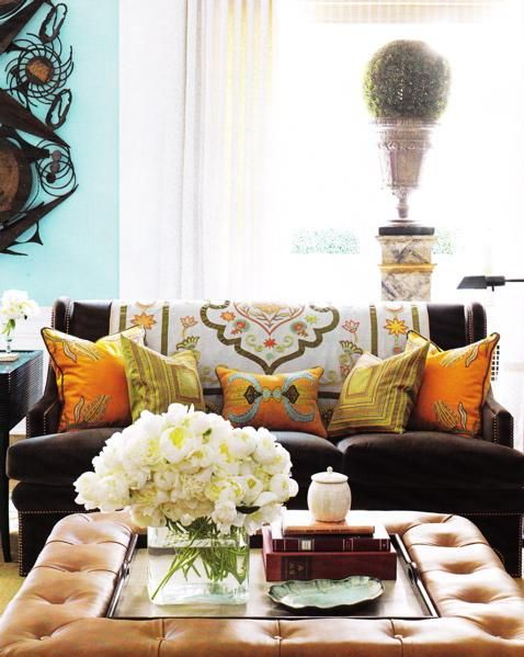 <3Decor, Coffe Tables, Coffee Tables, Living Rooms, Colors, Livingroom, Brown Couch, Bunnies Williams, House