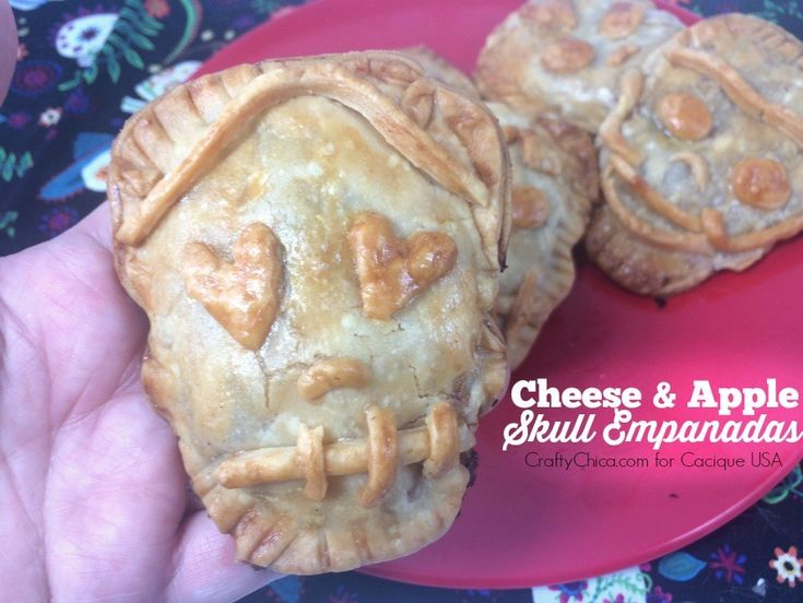 Day of the Dead Food: Sugar Skull Empanadas, CraftyChica.com