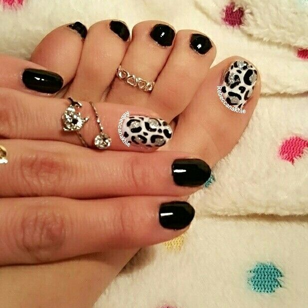 Best 25 leopard toe nails ideas on pinterest summer toe designs heres a picture of my tuesday nails matching my monday pedi black leopard toe nails and black leopard nails using essence colour go in black prinsesfo Gallery